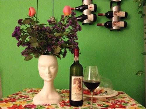 vaso di fiori viso